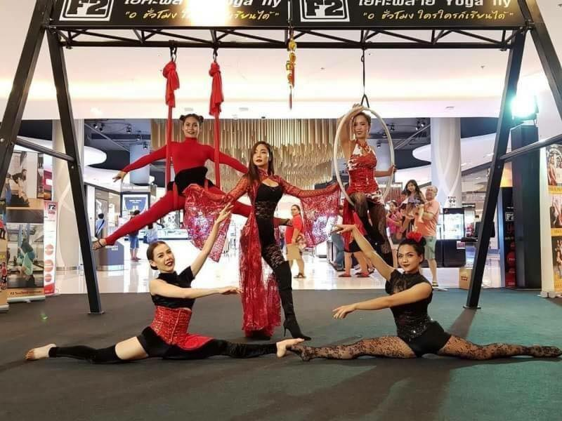 Fit2 Fly Bangkok Aerial Silk Acrobatics