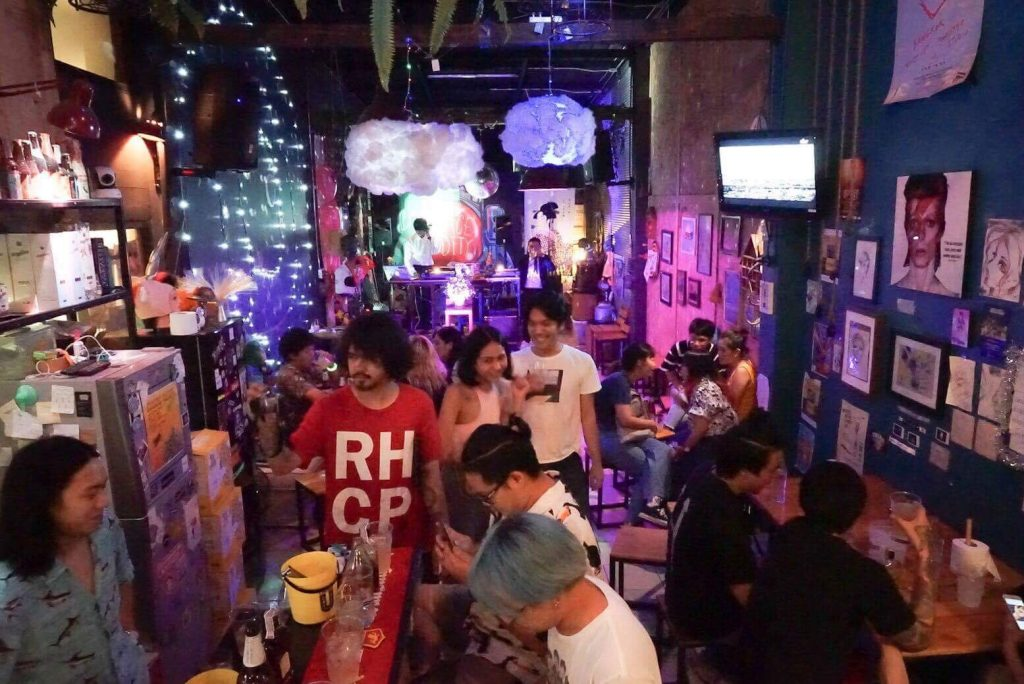 Bangkok Bar Space Oddity